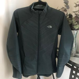 The North Face🌲Flashdry Athletic Isotherm Jacket